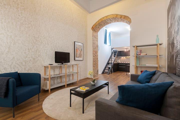 Budapest City Center Modern Loft  Apartment