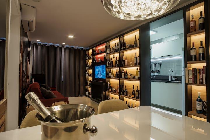 Apto Temático Completo LUXO - Vinhos e Espumantes