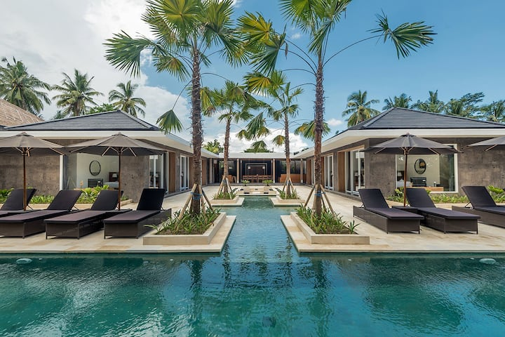 Brand new -70% 6bed Paradise w infinity pool and jungle view