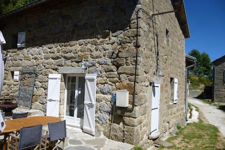 Le Monteil - Intres - Casa