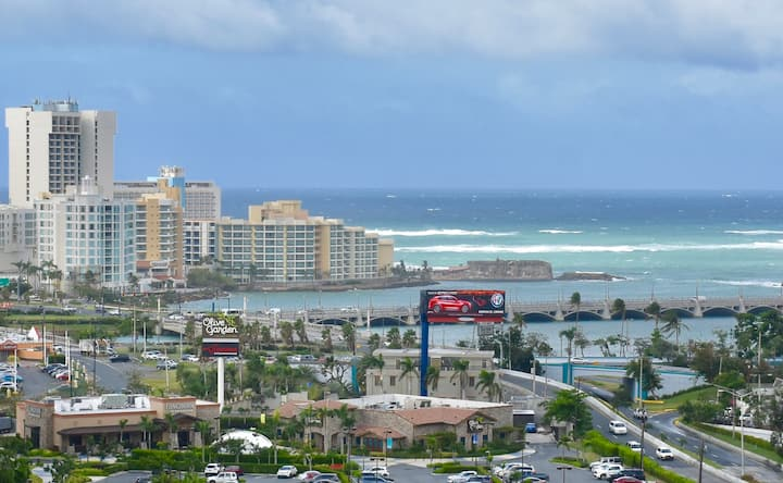 Suite in San Juan - Great Location - Free parking!