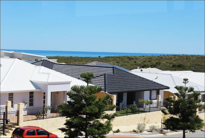 Welcome to Iluka Ocean View - Iluka - Flat