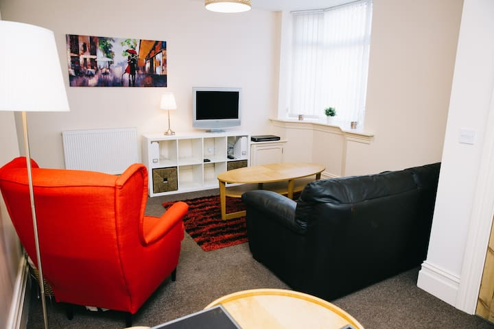 76 Brinkburn Serviced Apartments - Darlington - Leilighet