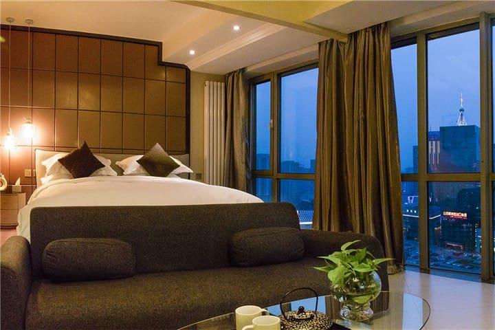 长风画卷夜景大床房【融心智选公寓】 - Taiyuan - Apartment
