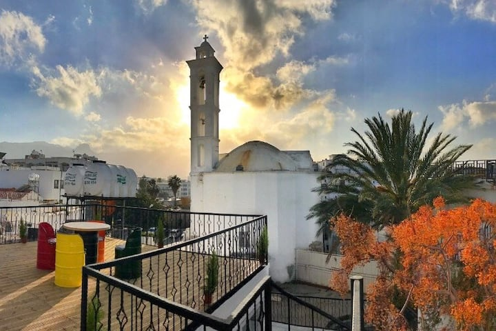 Villa Marina Kyrenia 'best location in Old harbor'