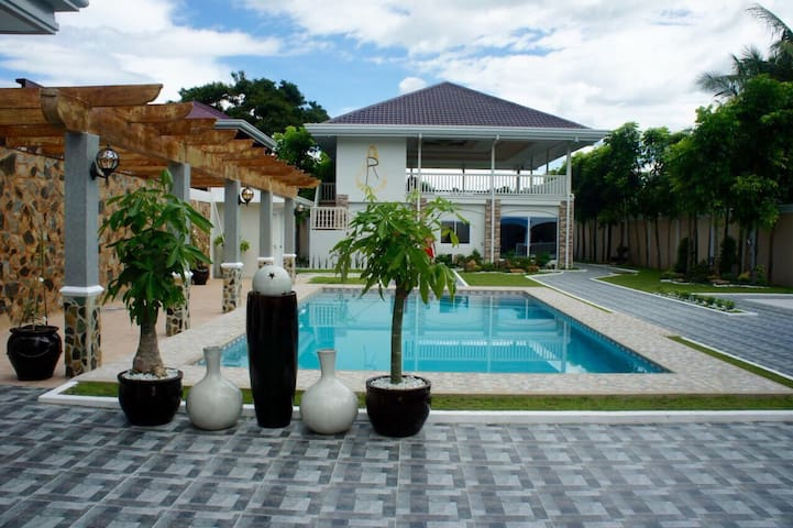 La Romana Countryside Haven(Tarlac) - Tarlac City - Гестхаус