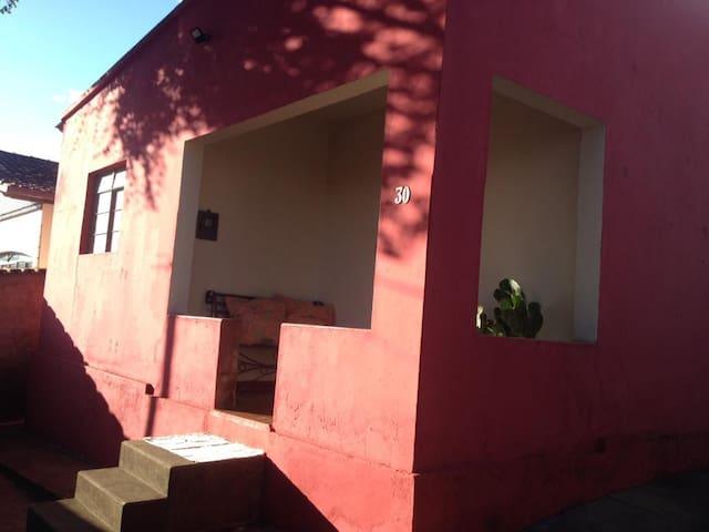 Casa Vermelha - Inhotim - Brumadinho