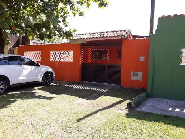 Casa Boraceia - 500 metros da praia.