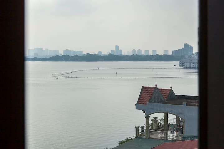 The Apartment with balcony near the west lake