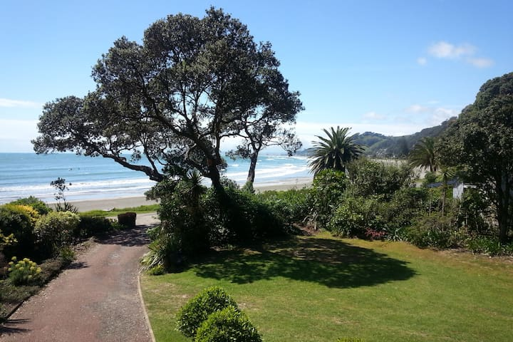 Right on the stunning Ohope Beach - Ohope