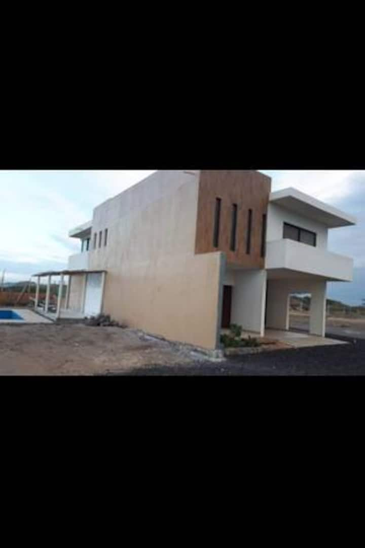 Casa Playa Alvarado de Descanso Frente al Mar