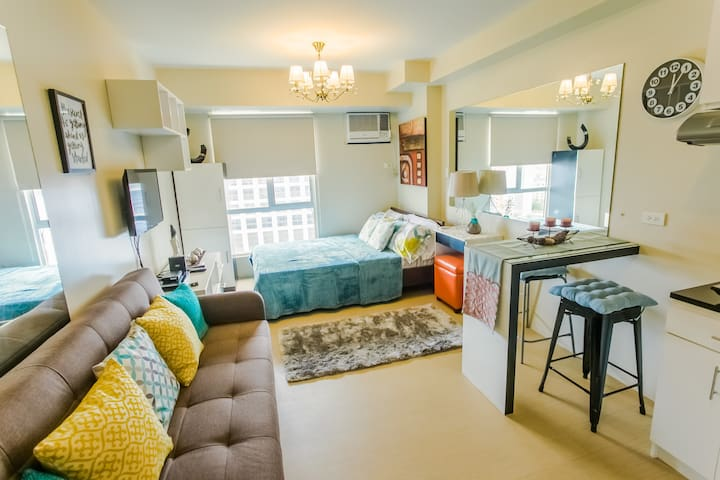 Cozy Studio across Ayala iT Park 1min walk