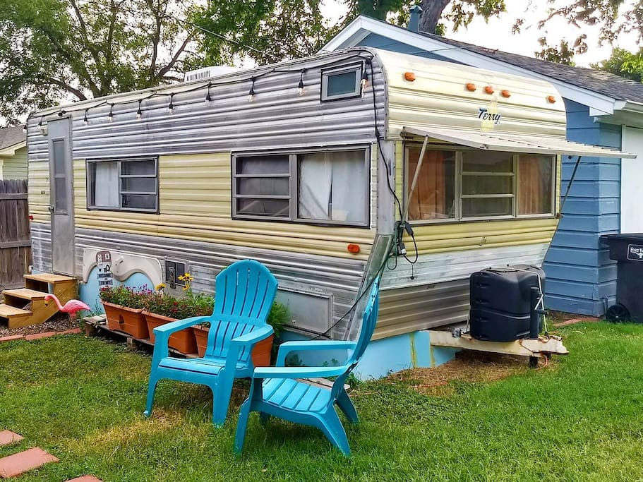 That 70s Tow Glamper Camper
