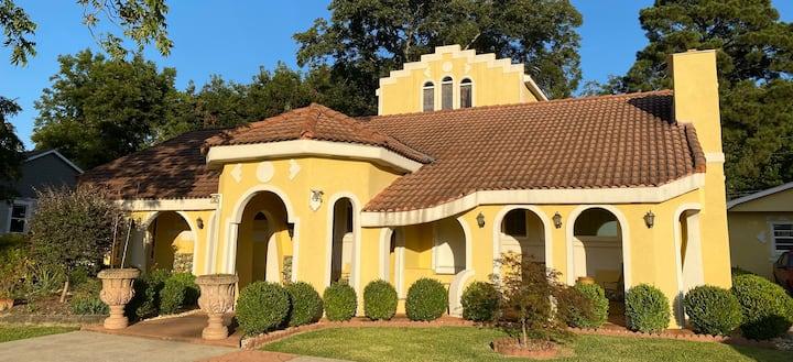 Villa Del Sol - Lakeview