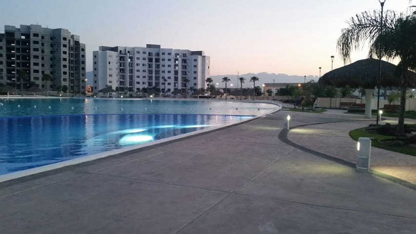 Full house with pool near the Monterrey airport