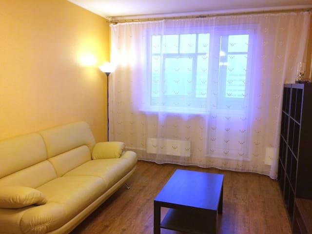 Двухкомнатная квартира в тихом районе Москвы