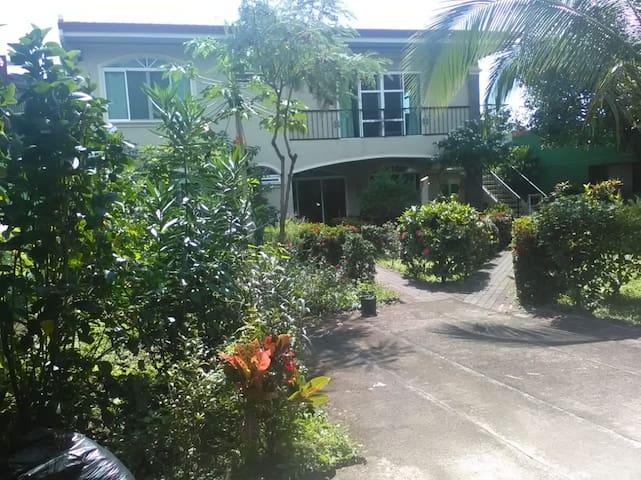 Habitación con DESAYUNO INCLUIDO cerca de 2 playas