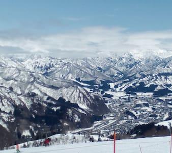 GW 春スキーに【かぐら・神立・GALA・野沢など】 1室4名様 - Minamiuonuma-shi - Bed & Breakfast