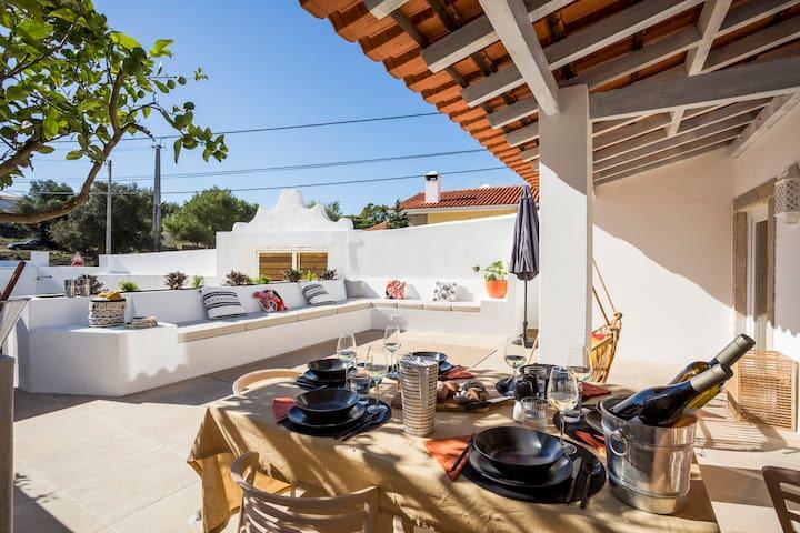 SEA´YA Family Surf Houses - Villa Guincho