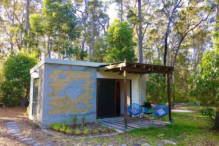 The Aussie Bush Cabin - Doonan - Srub