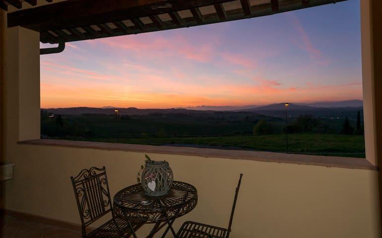 Zona panoramica colline di Firenze - Montespertoli - Pis