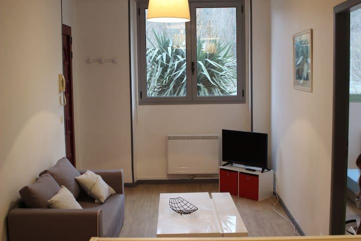 Piso con una habitacion 33m2 - Lourdes - Apartemen