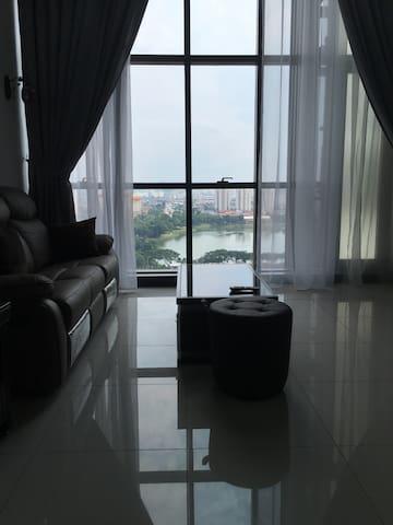 M City Luxurious Duplex suite Jalan Ampang KLCC - Kuala Lumpur - Condominio
