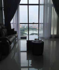 M City Luxurious Duplex suite Jalan Ampang KLCC - クアラルンプール - コンドミニアム
