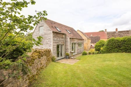 Lovely Barn Conversion, Paxford - Blockley