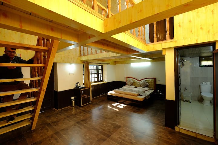 Room With Attic | Offbeat  | Tranquil | Narkanda