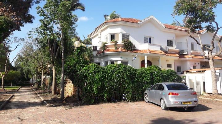 Mory's Residence