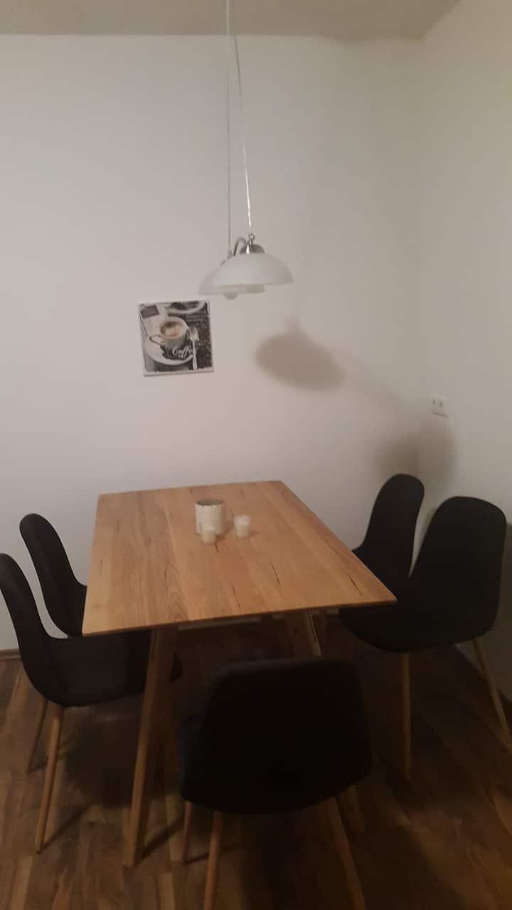 Wohnung 3: 2 getrennte Schlafzimmer !