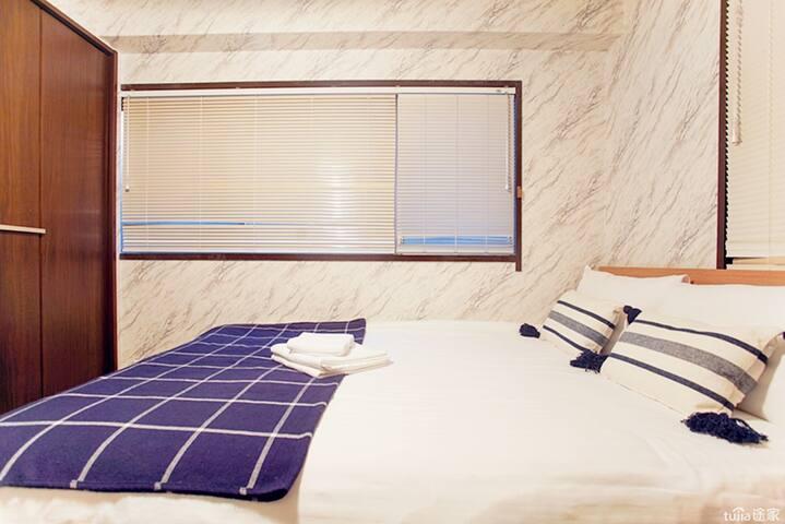 卧室2~大床房,可加一张榻榻米地铺Bedroom 2 ~ big bed room, can add a tatami floor
