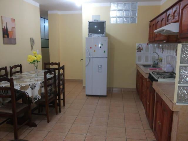 apartamento numero 1 (planta baja) - Otavalo - Apartemen