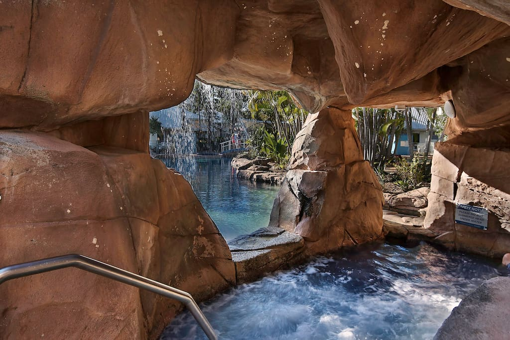 Spa pool with waterfall