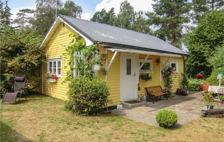 Holiday cottage with 2 bedrooms on 75m² in Ronneby