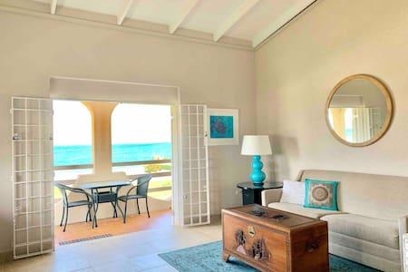 SEA DREAM HOUSE Oceanview One Bedroom Apartment