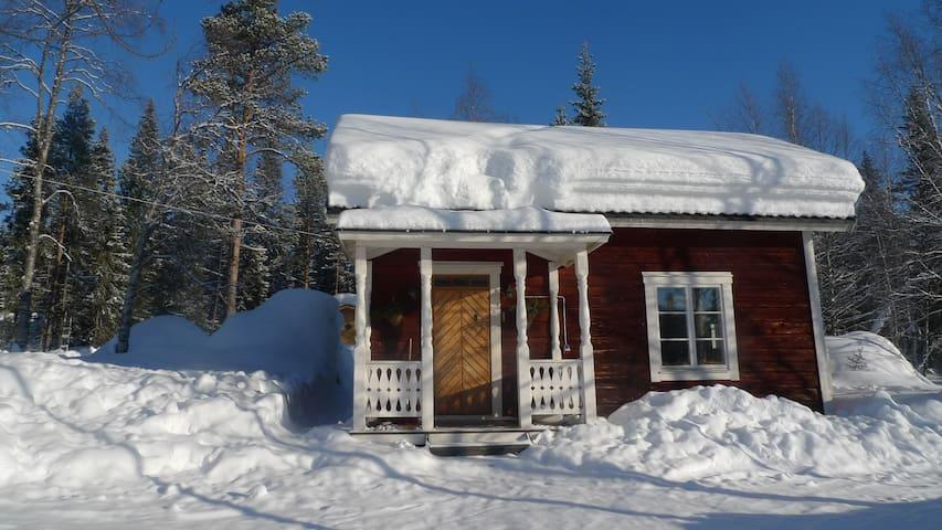 Cottage with sauna in Kvikkjokk mountain village