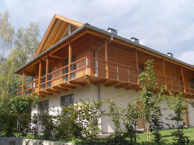 Ferienapartment an der Alpensüdseite (100 m²) mit 3 Schlafzimmern