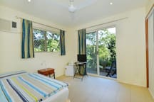 Kookas single bedroom with a view