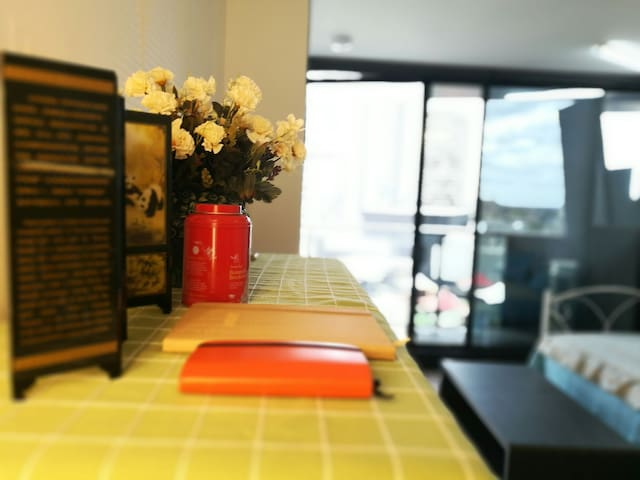Melbourne CBD 2 bedroom apartments FREE carparking - Melbourne - Apartment