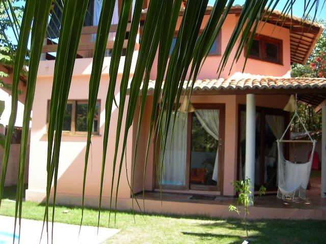 Casa com Piscina em Pipa dentro um condominio