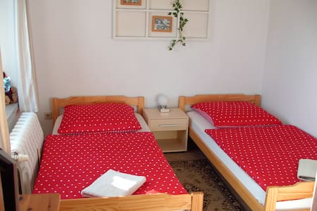 16m² Ferienzimmer BIKERs INN Lebus - Lebus - Bed & Breakfast