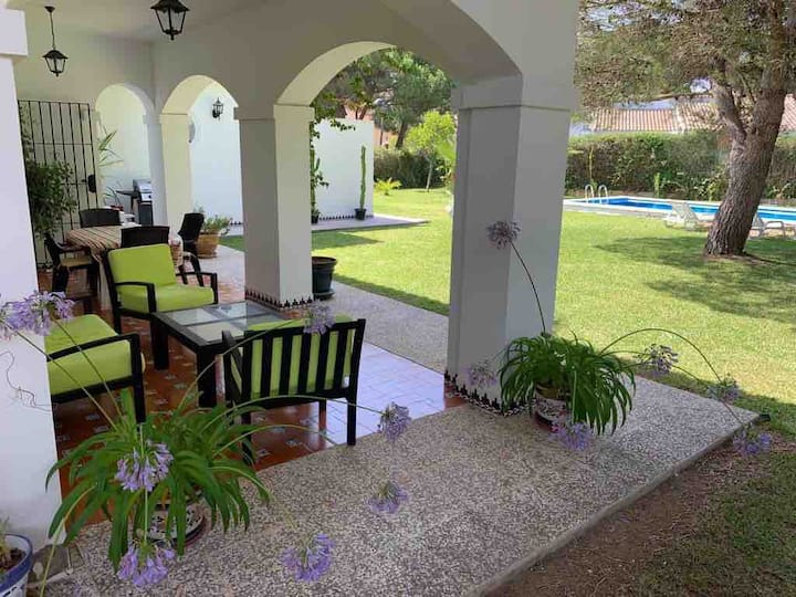 Lovely Villa in Roche, Cadiz. Private Pool, Beach