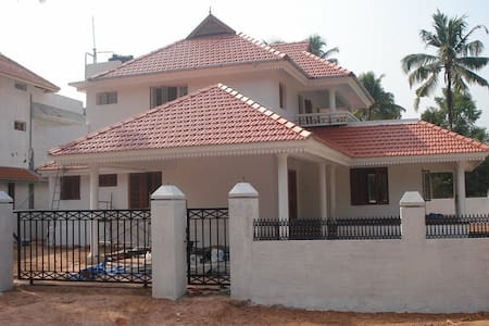 4BHK Villa in North Paravur, Aluva - Ernakulam - Dom