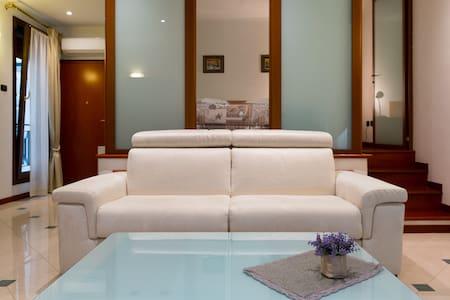Elegante appartamento nel cuore di Ferrara