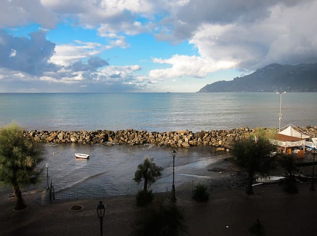 *Mare Studio* the view  from the window of the romantic loft studio apartment with seaview by #starhost