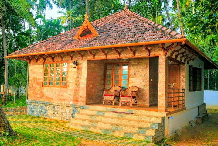 ROMANTIC BACKWATER  VILLA-CHENDAMANGALAM