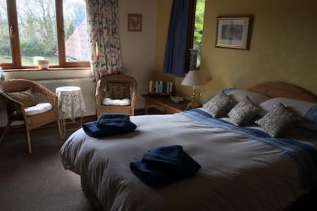 En-suite room in cottage near Whitby- Dog friendly