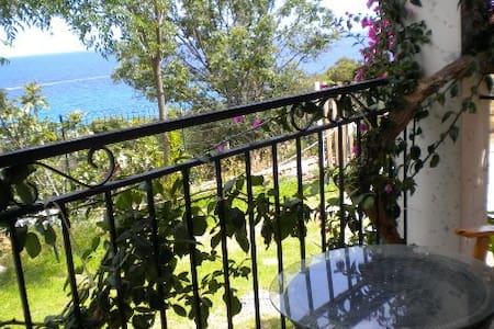 Maison de vacances vue mer, 6 personnes - Sari-Solenzara - Hus